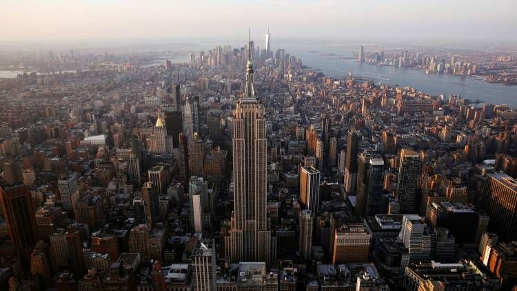 In New York City, approximately 1,600 people are bitten by other humans annually.