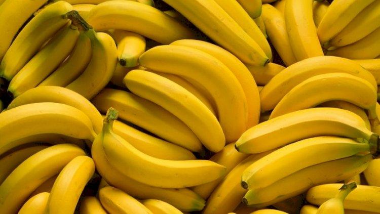 Bananas contain no fat, cholesterol or sodium