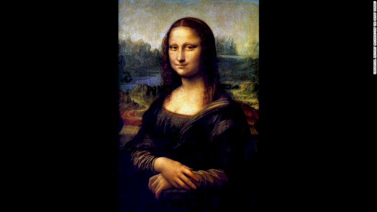 Mona Lisa was stolen from the Louvre in 1911, which drew more visitors to see the empty space than the actual painting.