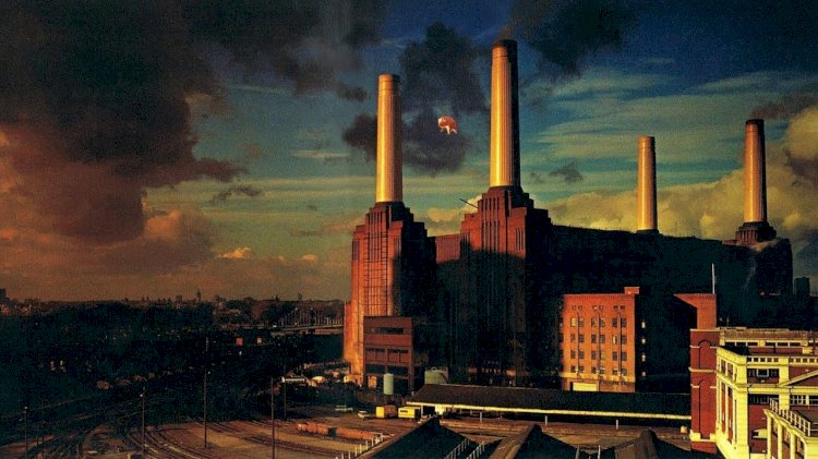 "When Pink Floyd designed the ""Animals"" album cover, the inflatable pig tied to the power station broke free, causing Heathrow Airport to cancel all their flights."